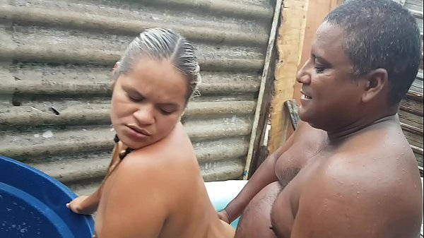 My wife invaded the favela and abused the Negro !!! Did you forgive or let go of that bitch?