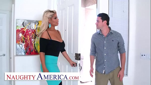 Naughty America Bridgette B. is a lonely, kinky housewife Thumb