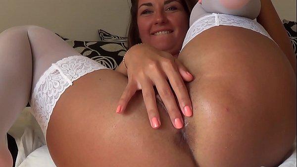 Camilla Moon - My sweet masturbation in white stockings