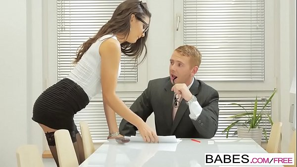 Babes - Office Obsession - Learning the Ropes s...