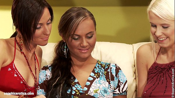 Smoking hot lesbians Wanda, Simona and Nataly anal and oral play on Sapphic Erot
