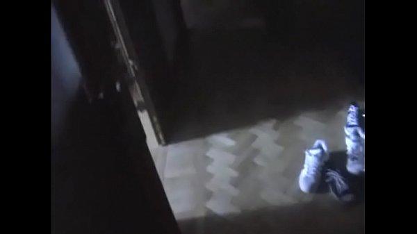 Жена проит мужа трахнут в попу видео