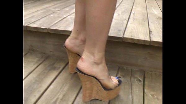 Обувь ногами ноги сперма сексуальные