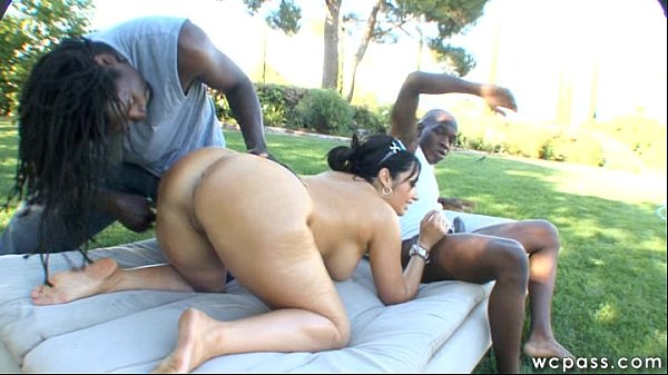 Public MILF Interracial DP
