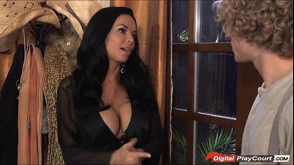 MILF Veronica Avluv likes whipped cream on a hard cock Thumb