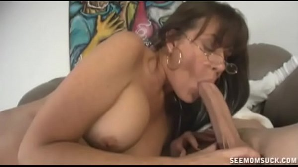 Milfs Pussy Gets Wet To Teen Babes Young Mans Cock Thumb