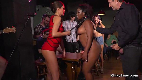 Big Butt Ebony Fisting In Public