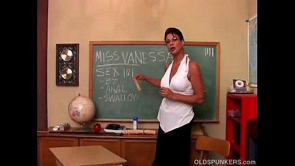 Sexy big tits MILF Vanessa Videl