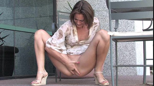 (Maria) Outdoor Squirting