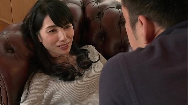 絶対にしてはいけない筆下ろし性交 孫に欲情した五十路祖母 鶴川牧子