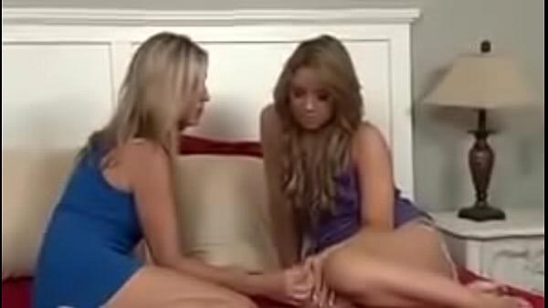 Смотреть видео как трахаются много лесбиянок, отдалась незнакомому на улице
