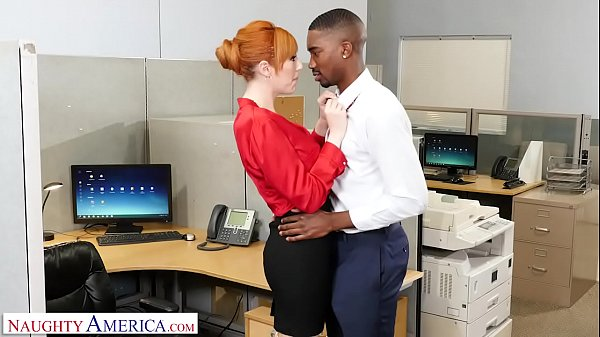 Naughty America - New guy at work gets lucky with the bosses slutty wife Thumb