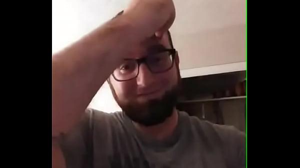 Husband regrets sharing his wife Thumb