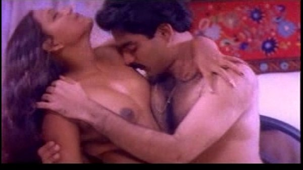 Real Nude Indian Actress: Mallu B Grade Actress Nude Bath