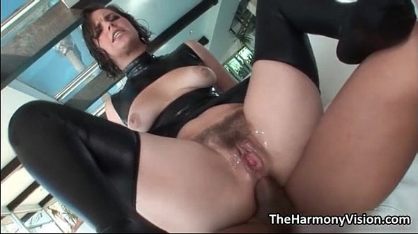 Big ass babe Bobbi Starr gets her tight Thumb