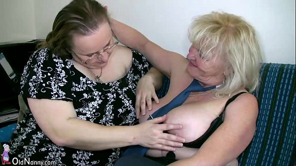 OldNanny Mature with big boobs masturbate with chubby Granny together Thumb