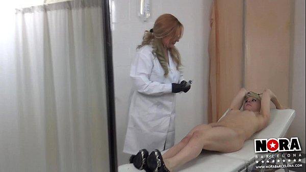Cita Medical con Nora Barcelona & Mistress Noor. Making Of BDSM Thumb