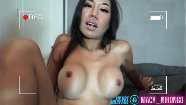 Thai Lesbian Tinder porn girls play pussy in Bangkok Thumb