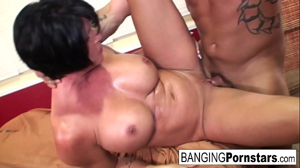 Sexy Shay Fox gives a happy ending to Derrick Pierce!