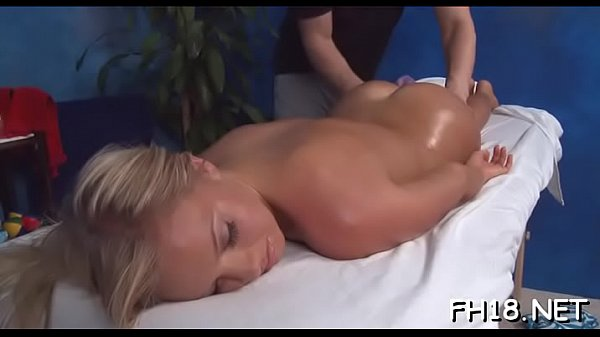 Hot 18 year old babe gets fucked hard doggy style by her massage therapist Thumb
