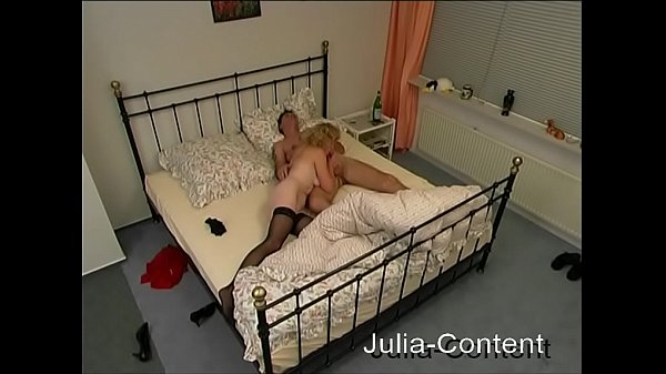 Spy-Cam watched couple in bed