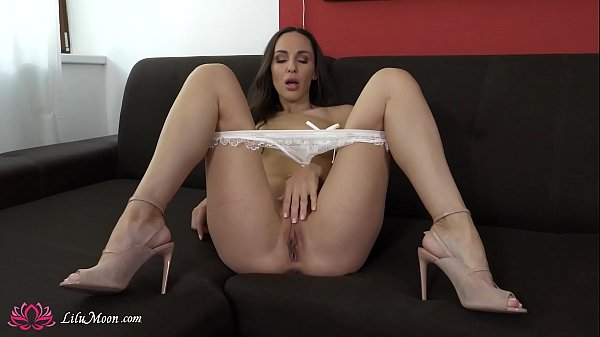Babe Masturbate Pussy and Fucking Dildo in Sexy Lingerie