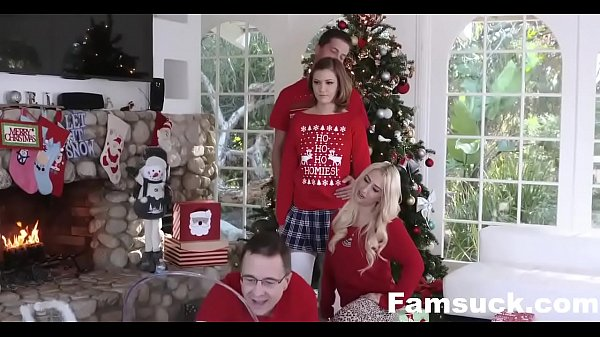 Image Step-Sis fucked me during family cristmas picture| FamSuck.com