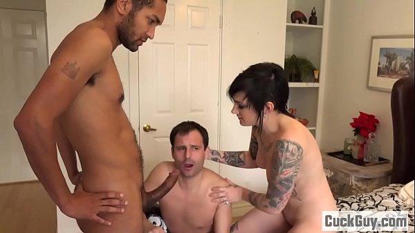 Nikki turns her husband into a little cuckold bitch Thumb
