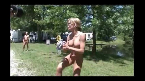Гей порно большой член рвет жопу