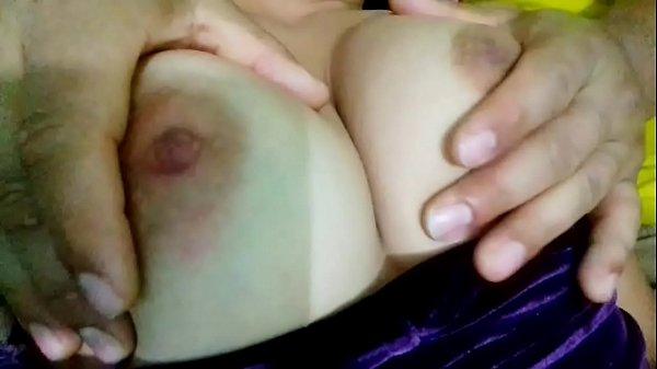 Masaje con aceite a mi mujer porno Masajes De Pechos Xvideos Com