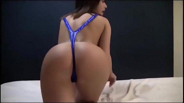 Русское порно с сексапильной домохозяйкой