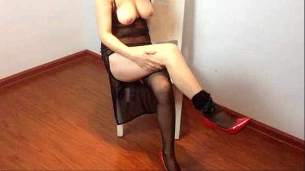 Step Mother Got Fucked by Her Son Series 03 骚妈客厅被扒裤内射