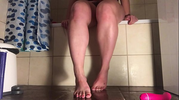 Hazel Fatal shows her feet and big ass and squirts all over the floor