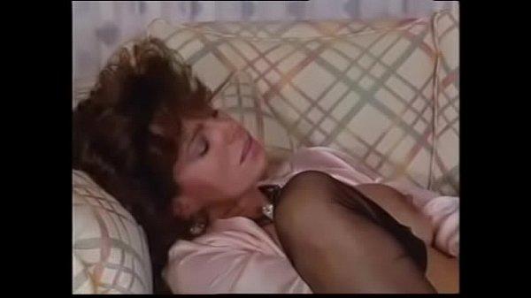 Teresa Orlowski (Foxy Lady 5) Thumb