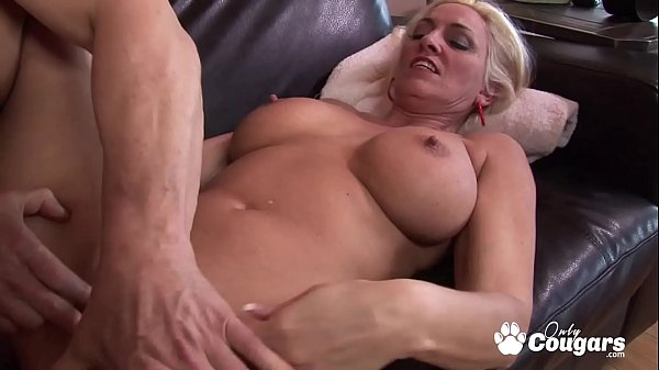 Carla Craves Wraps Her Pussy Lips Around A Hard Dick Thumb