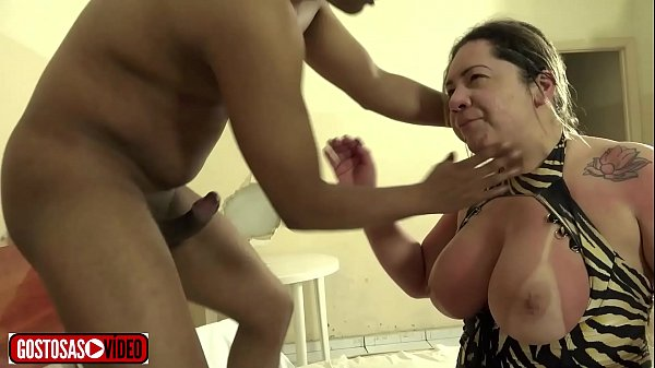 MINHA MADASTRA É UMA GAROTA DE PROGRAMA