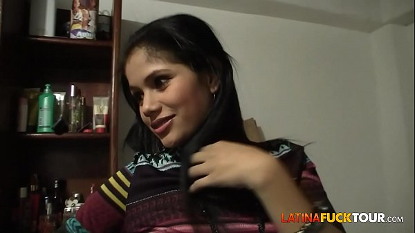 Real Colombian Amateur Teen Gets a Surprise Facial Thumb