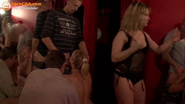 amateur swingers in club