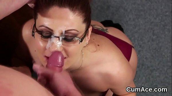 Разные предметы в пизде порно видео