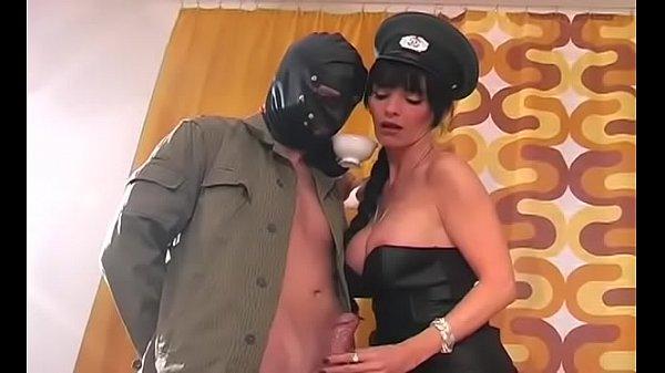 Порно ролик госпожа и рабыня