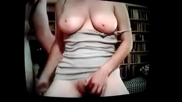 סרטי סקס Irit Lev amateur busty Israeli exhibitionist