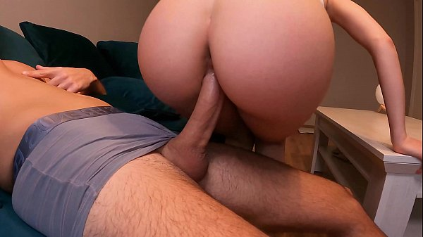 18 Years old step sister in leggings gets fucked and filled with cum! 4K 60FPS.