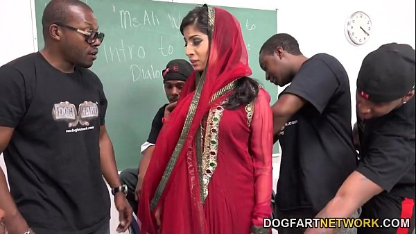 Nadia Ali Learns To Handle A Bunch Of Black Cocks Thumb