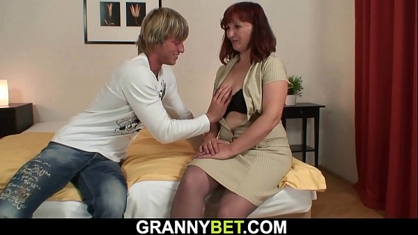 He picks up redhead old mature for play