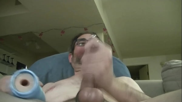 2018-12-26 23:31:12 - Yegguy shooting his load in slow motion with the Fleshjack Swallow 16 sec  HD http://www.neofic.com