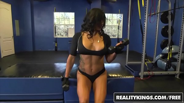 RealityKings - Milf Hunter - (Tarzan, Xo Rivera) - Sex Gains