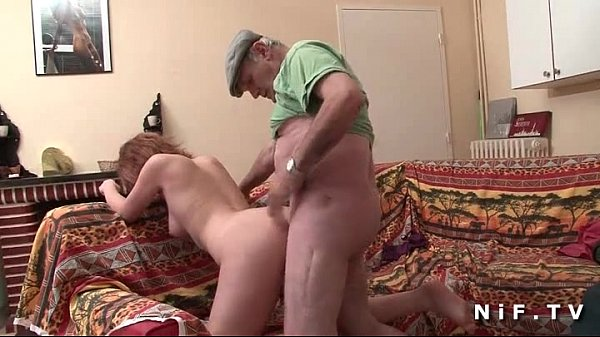 French slut sodomized in threesome with Papy Vo...