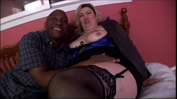 Big tit blonde mature milf banging in Amateur B...