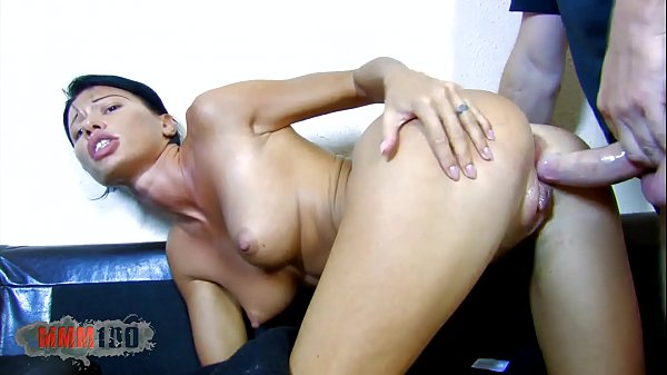 A cute and hotty housewife
