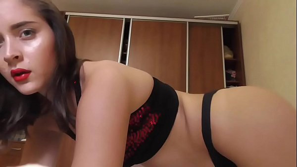Nasty and hot Queen lusy smell my finger part III hotest girl cam
